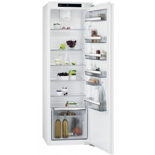 AEG built in  Refrigerator White A+